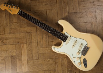 Left-hand Stratocaster