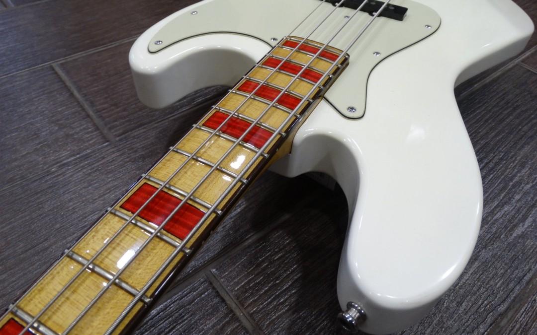 Cream bass